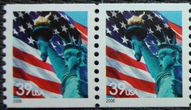 US Stamp #3979 MNH – Flag w/ Liberty – Pair