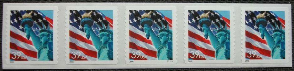 US Stamp #3980 MNH – US Flag w/ Liberty – PS5 #V1111 Coil