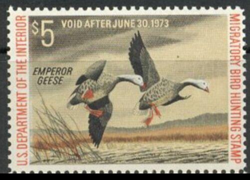US Scott #RW39 MNH – PHANTASTIC Pair of Emperor Geese